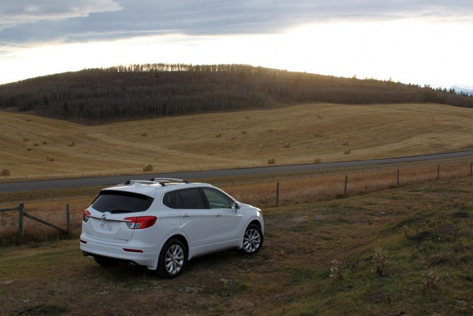 2017-Buick-Envision-Review66