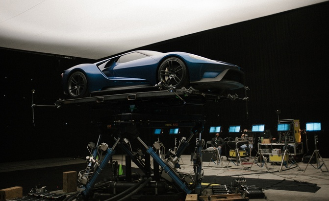 forza-6-behind-the-scenes-1-jpg1 cropped