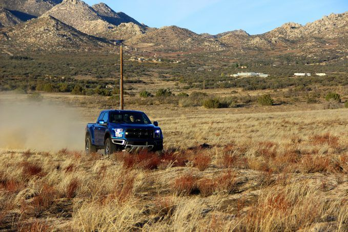 2017-ford-raptor-review6