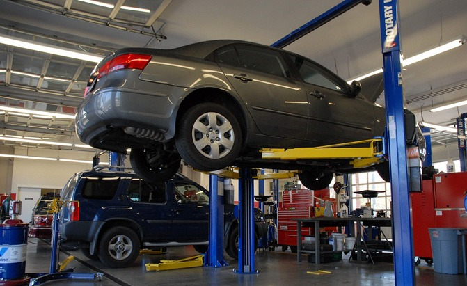 Nearest Mechanic Shop >> Most Americans Don T Really Trust Their Local Mechanic