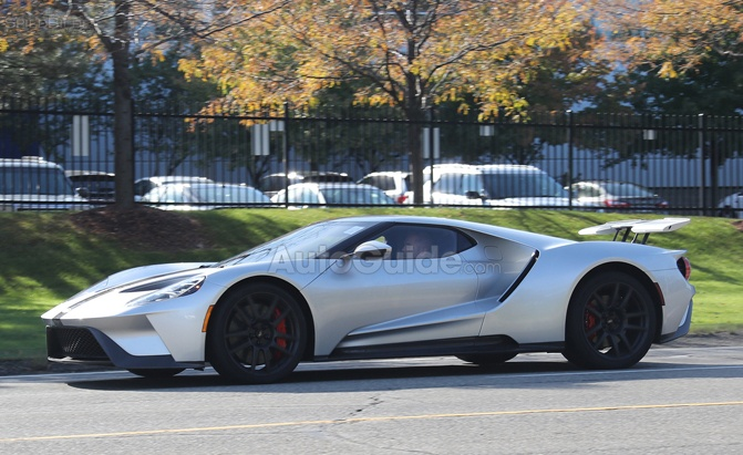 production-ford-gt-spy-photo