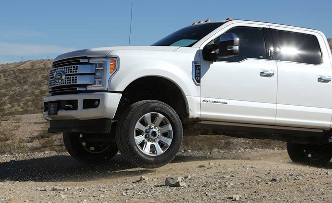 2017-ford-f-250-super-duty-off-roading