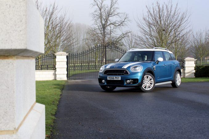 2017-mini-countryman-review-11-large