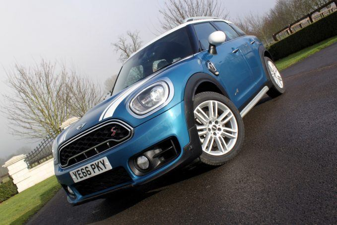 2017-mini-countryman-review-14-large
