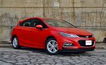 2017 Chevrolet Cruze LT Hatchback Review: Winter Road Trip Edition
