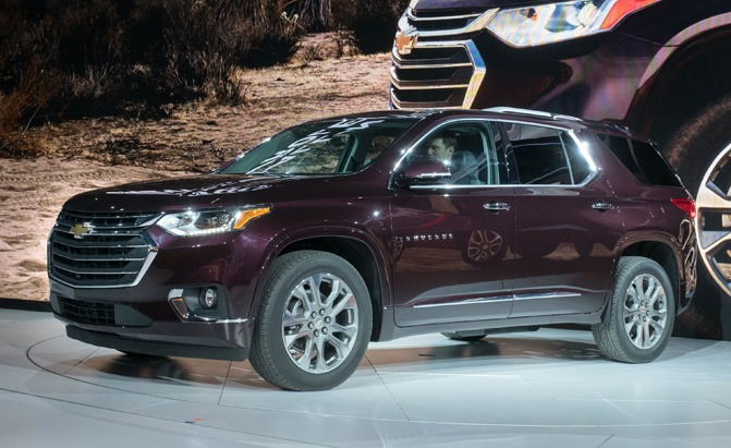 2018 chevrolet traverse video first look news. Black Bedroom Furniture Sets. Home Design Ideas