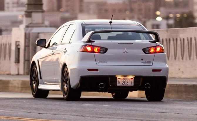 mitsubishi-lancer-evolution-rear