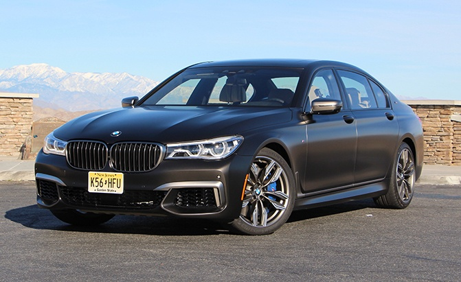 BMW Palm Springs >> 2018 BMW M760i Review - AutoGuide.com News