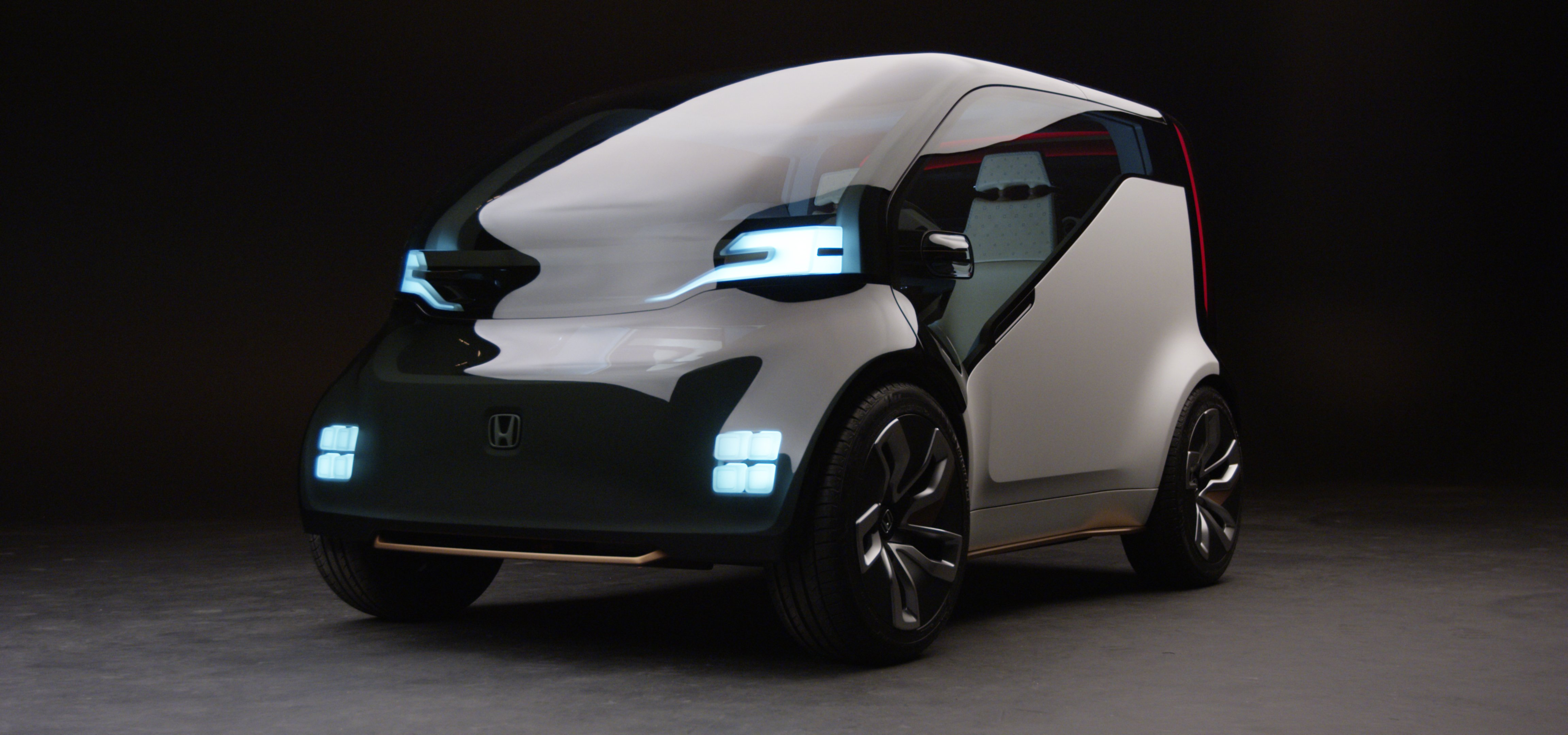 pros and cons of driverless cars Driverless cars: pros and cons as with most technologies, driverless cars come accompanied by a host of pros and cons while they're invaluable in many aspects, there are some major caveats.