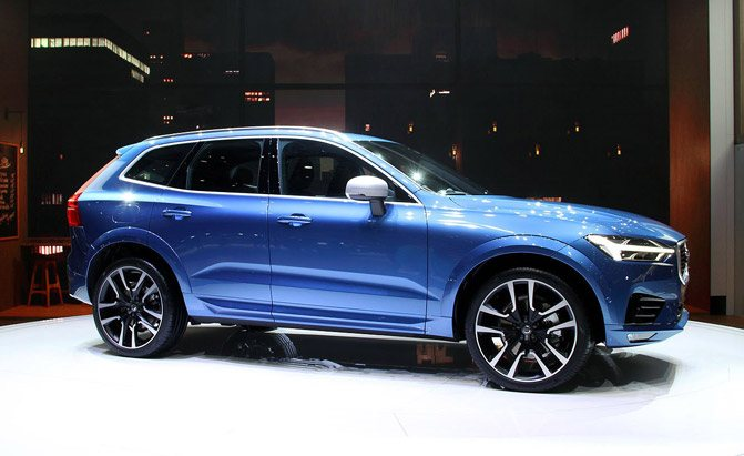 2018 volvo xc60 video first look news. Black Bedroom Furniture Sets. Home Design Ideas