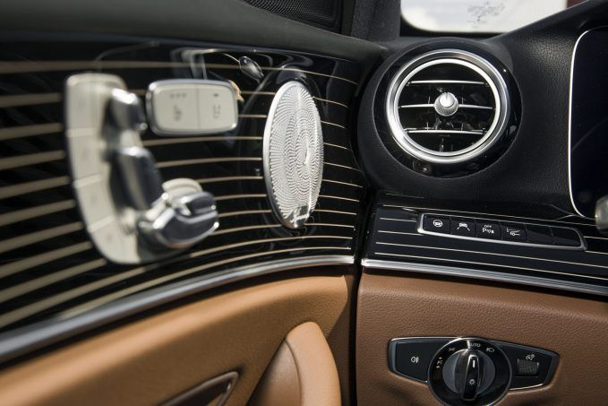 car luxury features  Top 10 Most Gimmicky Automotive Features » AutoGuide.com News