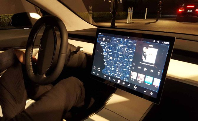 The Tesla Model 3 Will Keep Its Boring Dash 187 Autoguide