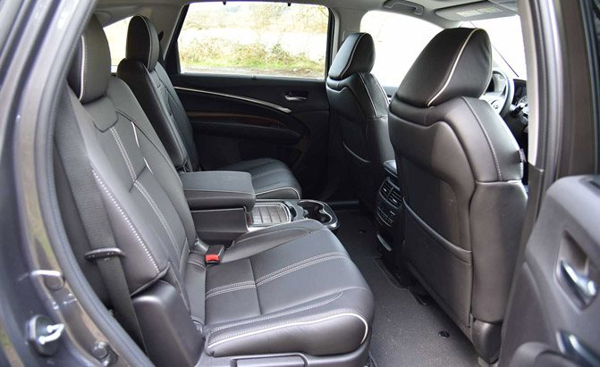2017-acura-mdx-sport-hybrid-second-row-seats