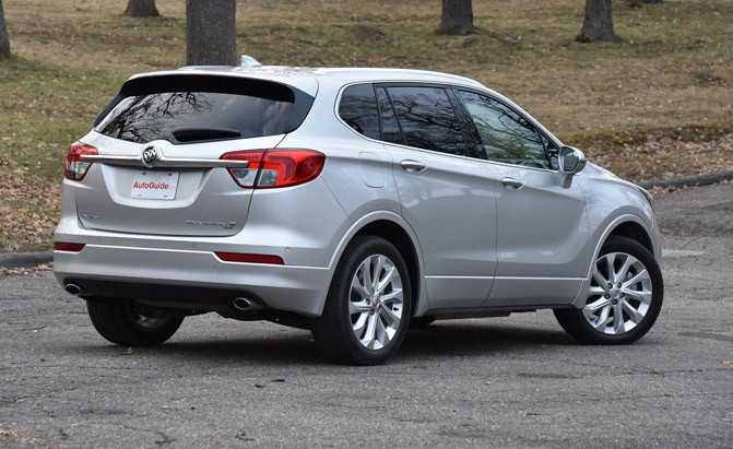 2017-buick-envision-rear-three-quarter