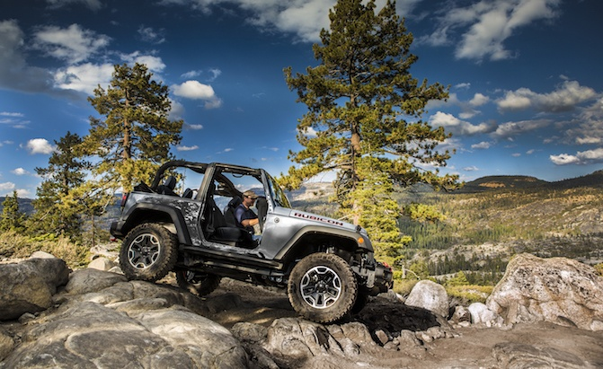 Off Roading 101 What Are Approach And Departure Angles Autoguide Com News
