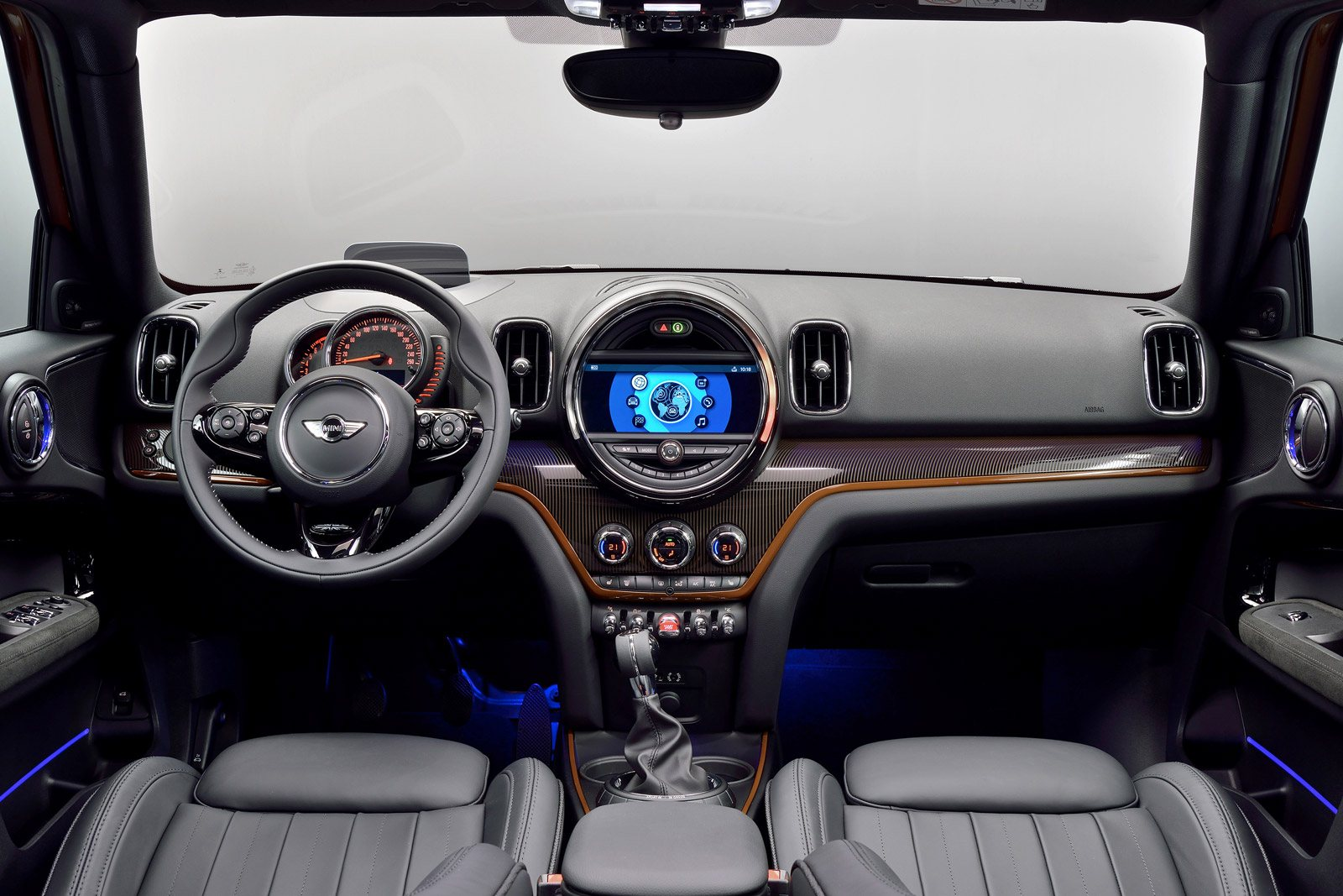 Top 10 Best Car Interiors Of 2017 WardsAuto AutoGuide News
