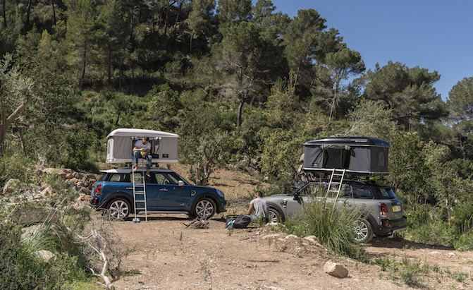 Mini Develops Cute New Rooftop Tent For Countryman & Mini Develops Cute New Rooftop Tent For Countryman » AutoGuide.com ...