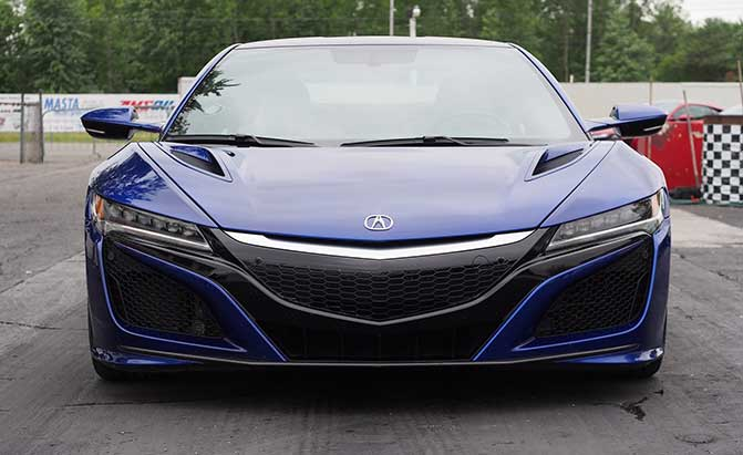 2017-acura-nsx-drag-racing-front