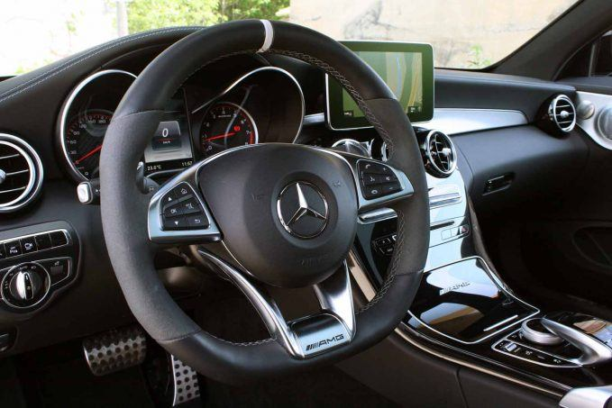 2017-mercedes-amg-c63-s-coupe-review-lai-022