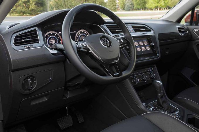 2018-volkswagen-tiguan-review-011