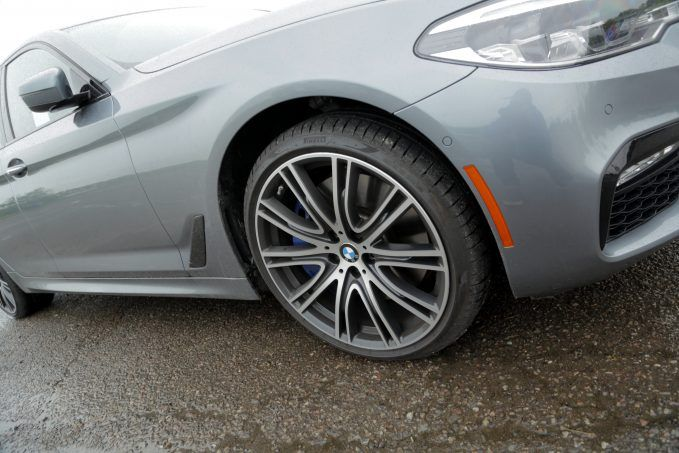 2018-bmw-5-series-review-9