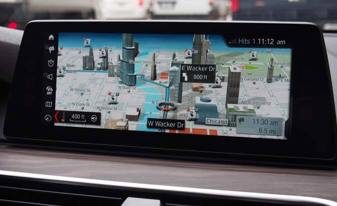 bmw-connected-screen