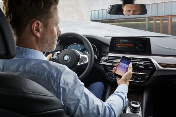 BMW, Microsoft to bring Skype for Business to 5 Series cars