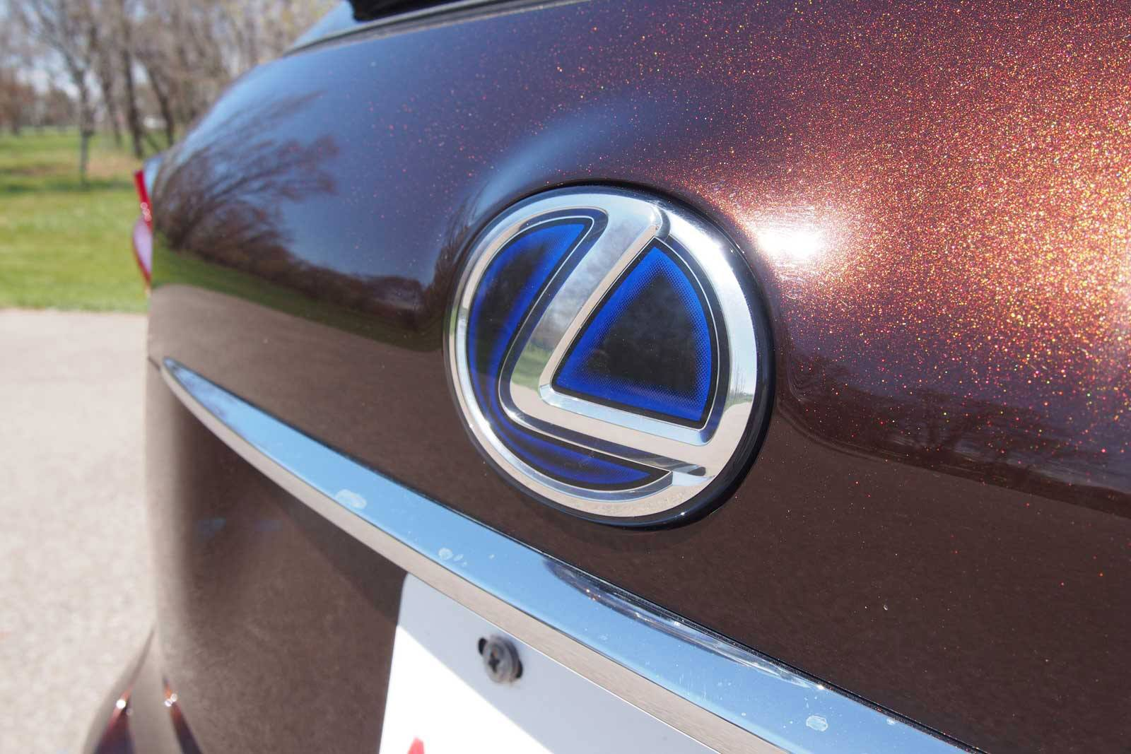 Lexus drops a few spots compared to last year s results finishing with a score of 842 the japanese luxury arm of toyota was tied for fifth last year with