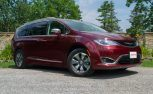 2017 Chrysler Pacifica Hybrid Review