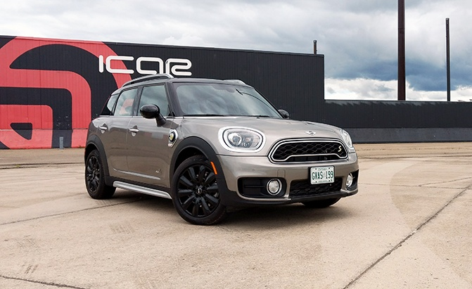 2018 mini cooper se countryman plug in hybrid review news. Black Bedroom Furniture Sets. Home Design Ideas