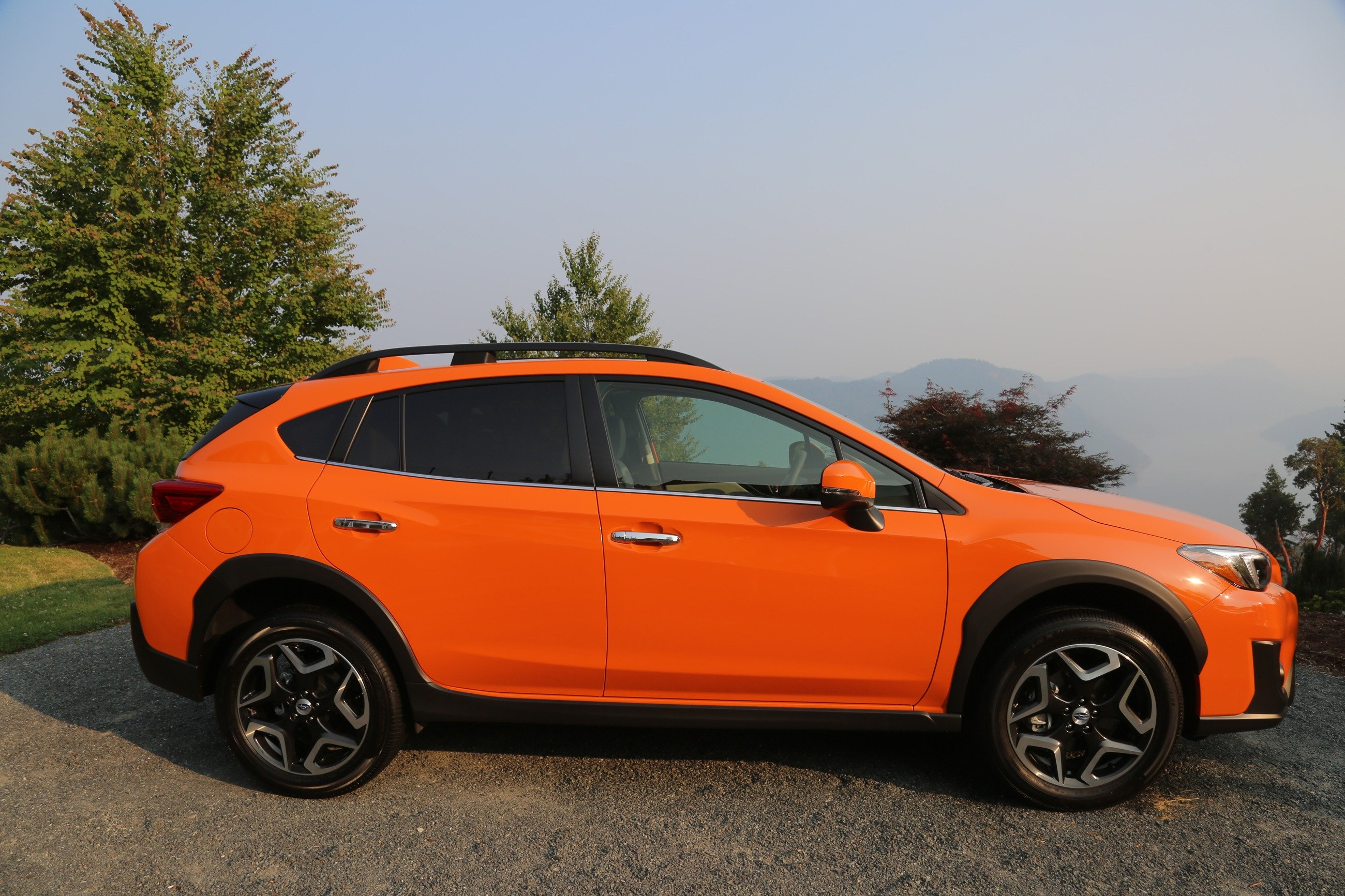 2018 subaru crosstrek review news