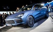 Updated 2019 Porsche Cayenne Revealed with 911-Inspired Styling
