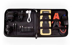 9-things-to-keep-in-your-car-300x184
