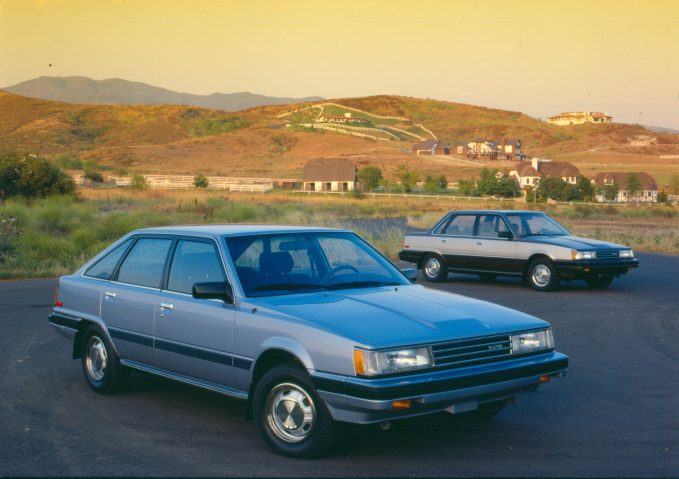 1985_camry_liftback_and_sedan_004