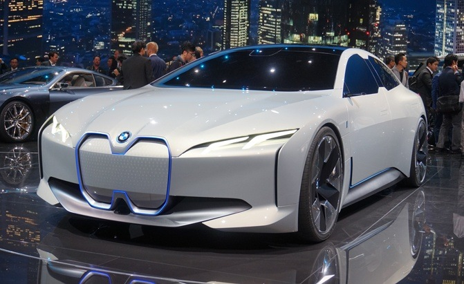 The Simple Reason Why BMW Really Likes Tesla