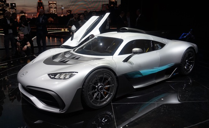 Mercedes Amg Project One Brings Formula 1 Tech To The Road