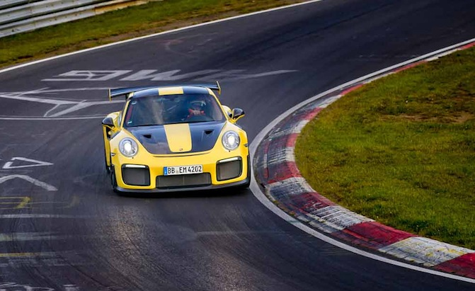 porsche 911 gt2 rs sets scary quick nurburgring lap news. Black Bedroom Furniture Sets. Home Design Ideas