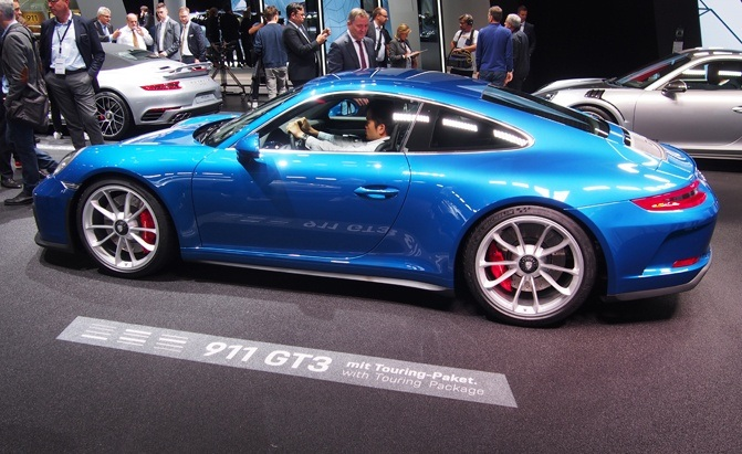 Castle Buick Gmc >> New Porsche 911 GT3 Touring Tosses out the Rear Wing ...