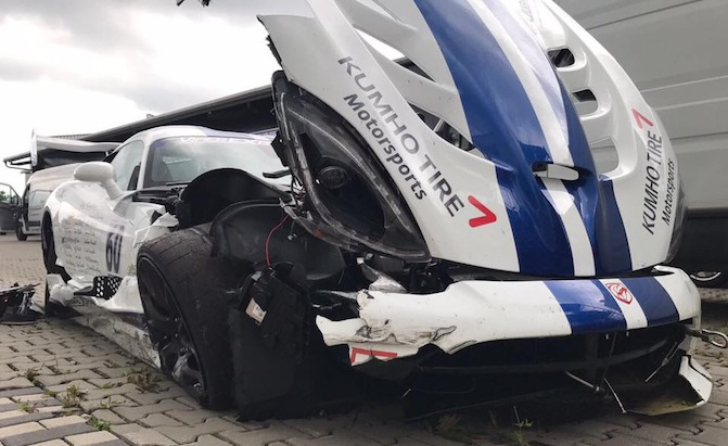 One of the Nurburgring Record Attempt Viper ACRs Has Crashed