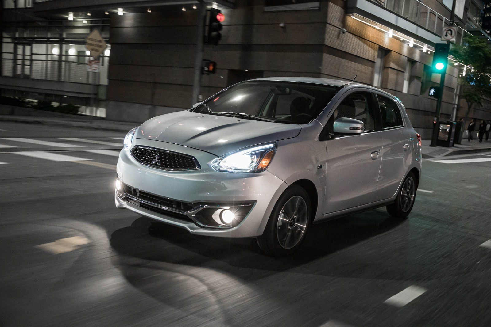 Mitsubishi Mirage Gt >> Top 10 Cheapest Cars with Standard Apple CarPlay and
