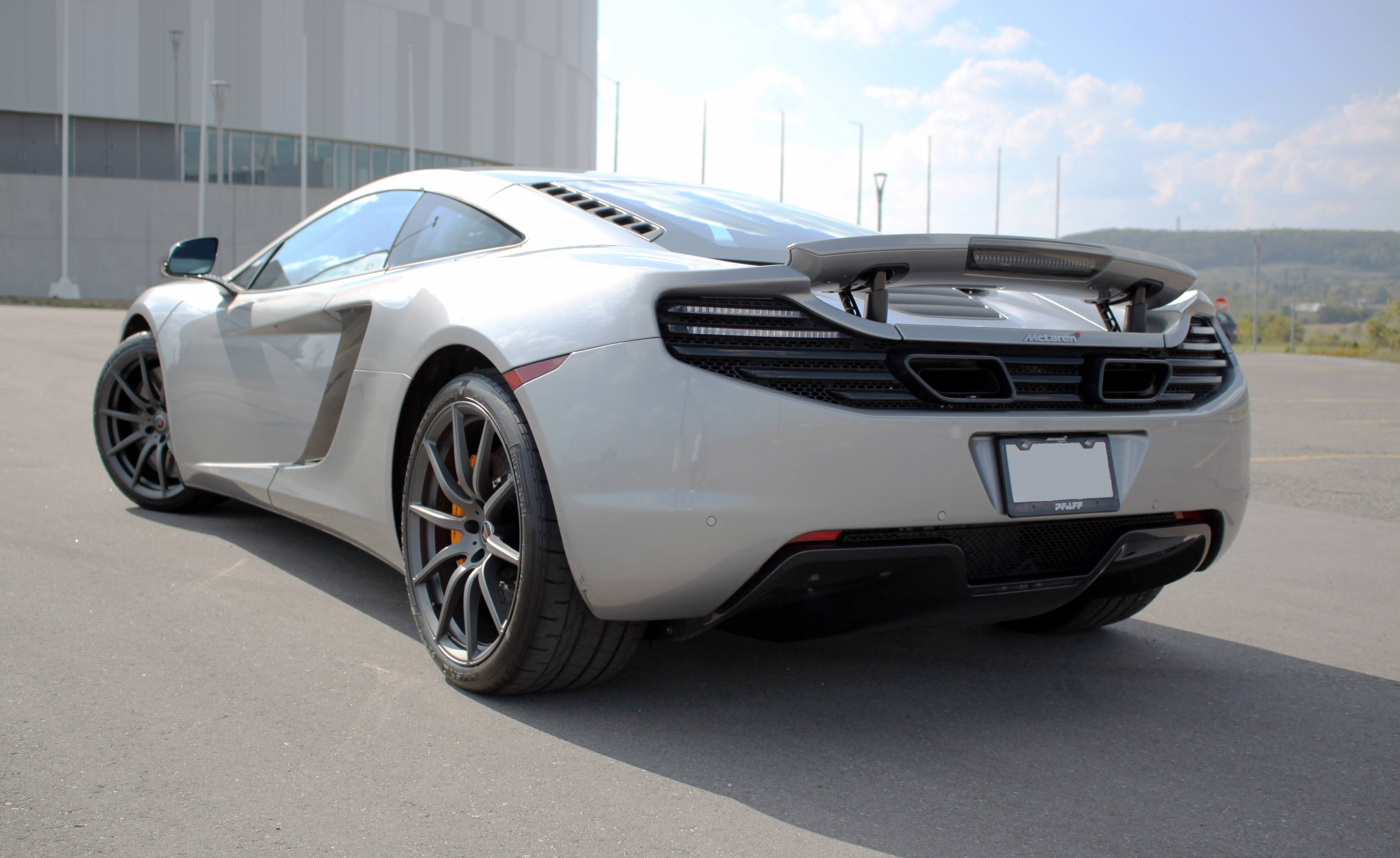 McLaren MP4-12C Review: What's It Like to Drive a 5-Year-Old ...