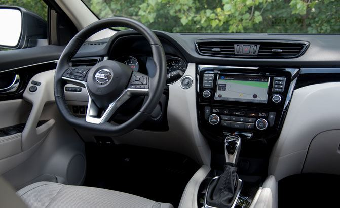 8 Nissan Rogue Sport Specs You Need To Know Differences Between Rogue And Rogue Sport