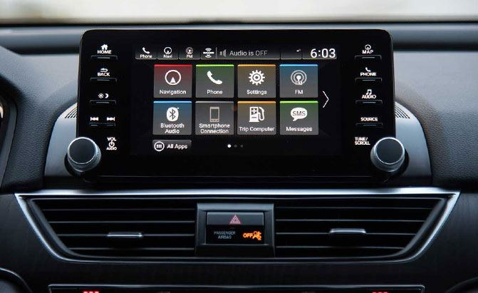 2018-honda-accord-2-0-turbo-touring-infotainment-system