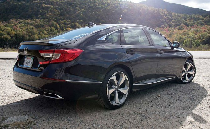2018 Honda Accord 2 0 Turbo Touring Rear