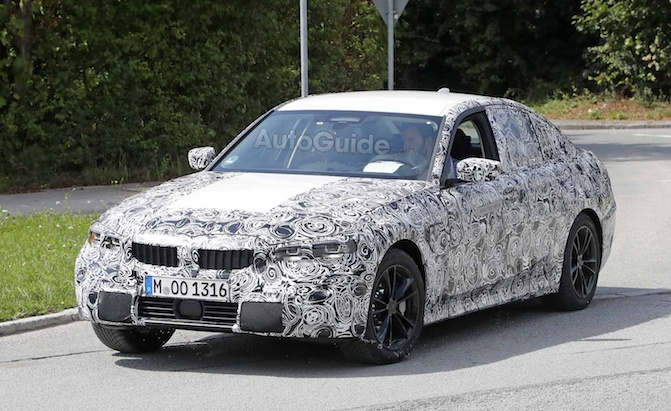 2019 bmw 3 series interior revealed in new spy photos news. Black Bedroom Furniture Sets. Home Design Ideas