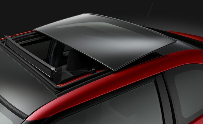 shattering sunroofs might be more common than you think news. Black Bedroom Furniture Sets. Home Design Ideas