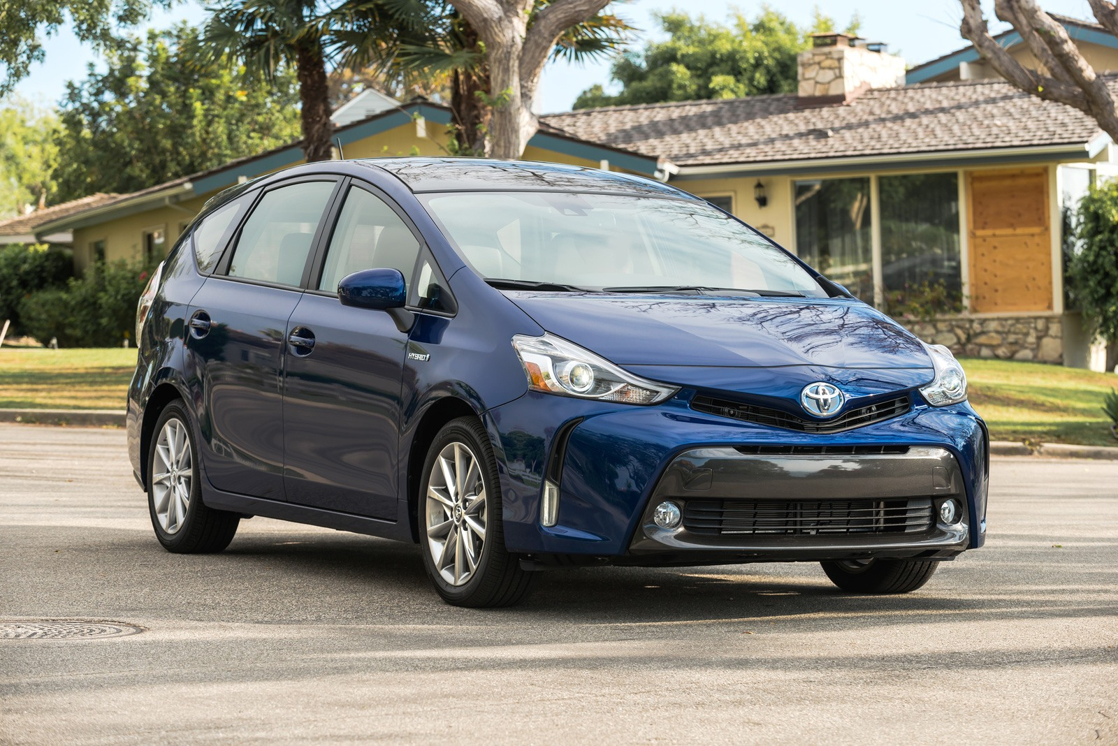 The Prius v offers a roomy rear seat and generous cargo area, but it is  based on the last-generation Prius. Consumer Reports praises its  comfortable ...