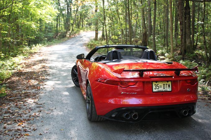 2018-jaguar-f-type-svr-review-24