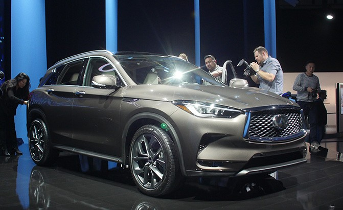 infiniti for en announces infinity u home s spacious new price news pricing crossover business wire more luxury
