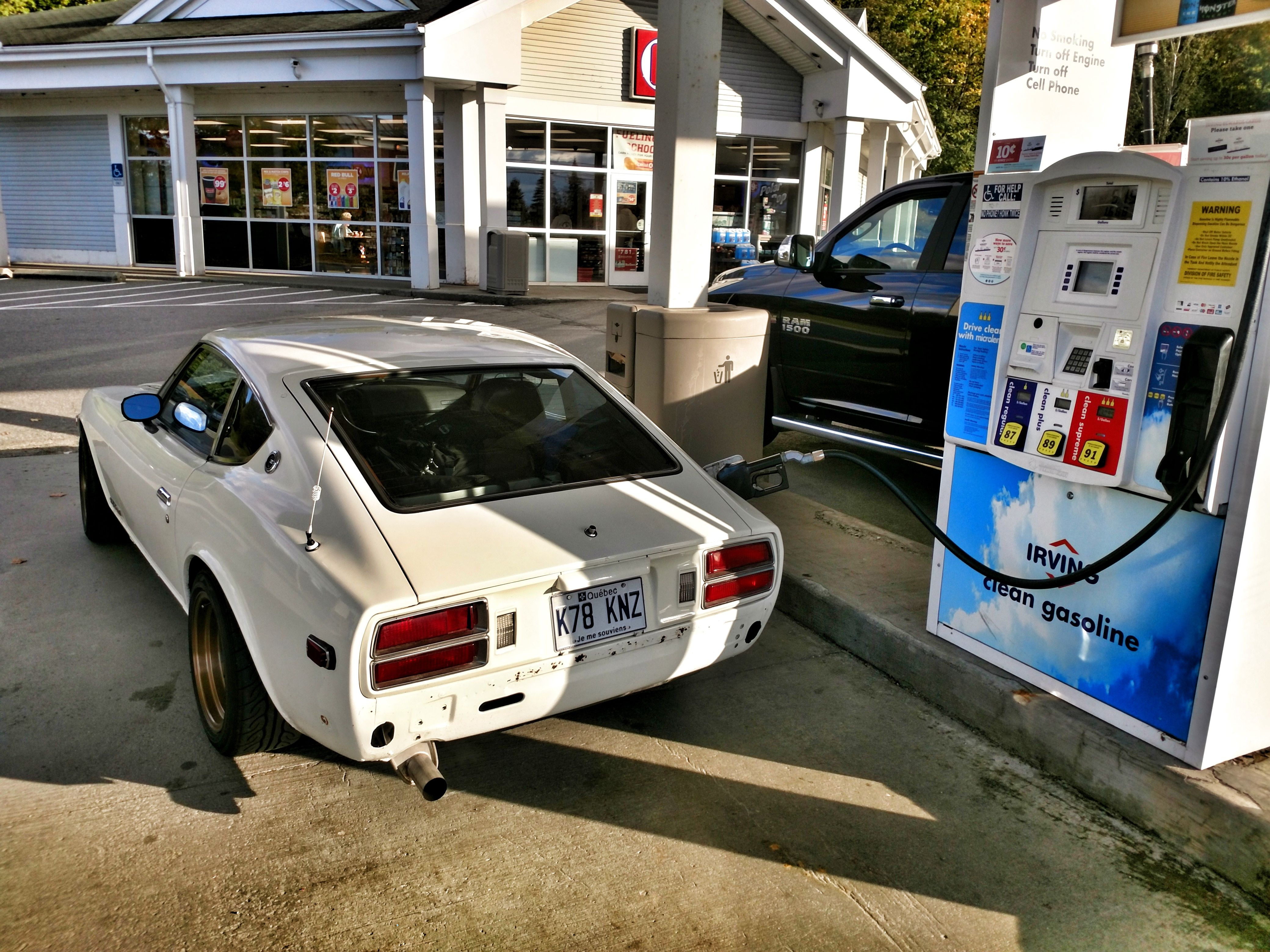 What is it Like to Daily Drive a Classic Sports Car? » AutoGuide.com ...